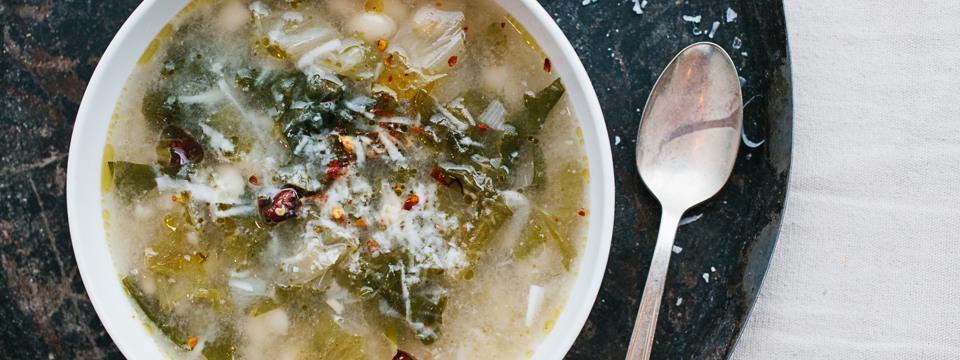 soup, white bean, escarole, healthy, vegetarian