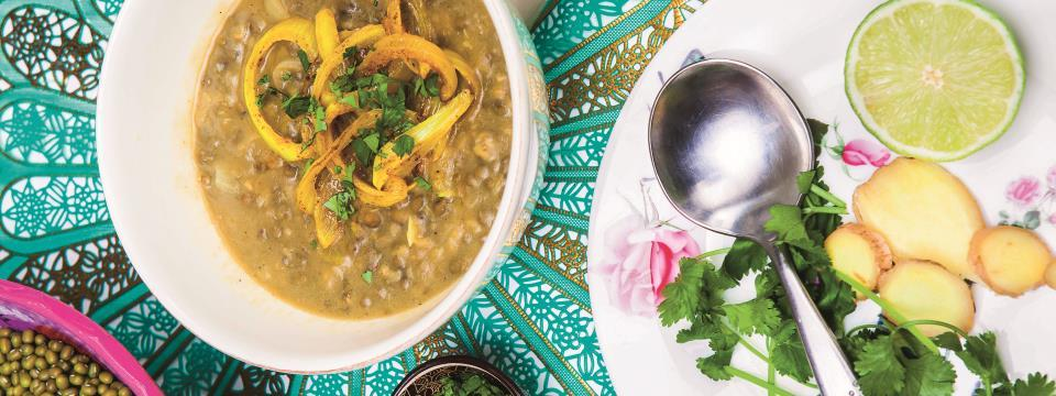 warm diet, mung dahl, soup, nutrition, diet,