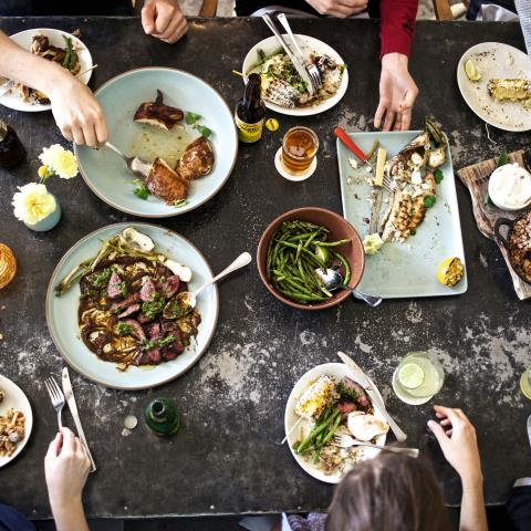 fast eating, science of eating too fast, slow eating