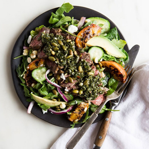 steak and peach salad