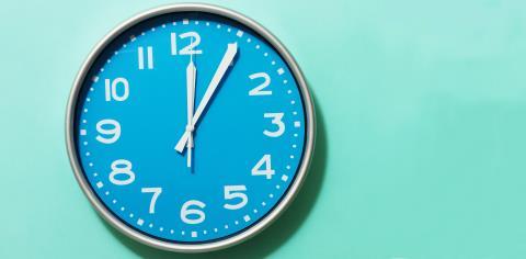 clock, spin, class