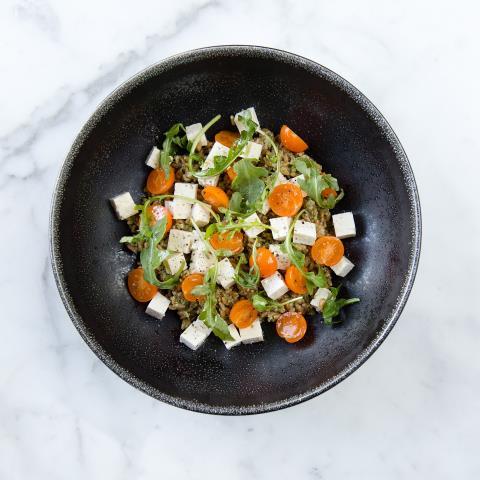 mediterranean, meal prep, farro, vegetarian, pumpkin seed pesto, tofu, tabbouleh, recipe,