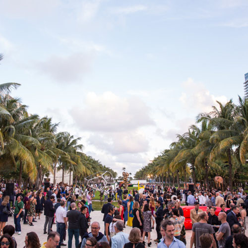 Exhibits Soiréeore Await At Art Basel Miami Beach America S Premier Show Held This Year The Newly Renovated Convention Center