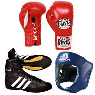 Cletro Reyes  gloves + Adidas  boots and headgear