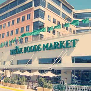 Whole Foods Market, flagship, Austin, Texas, N. Lamar Boulevard, 6th Street, sushi station, taco bar, health, food, store, grocery, smoothies, salad