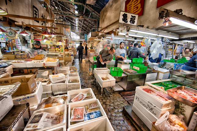 Tsukiji Fish Market, Tokyo, Japan, destination, vacation, q by equinox, fishmarket, food, groceries