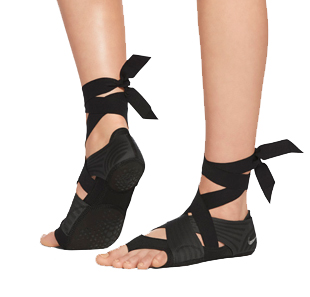 nike studio wrap, nike, yoga shoes, nike wrap shoes, barefoot shoe, nike ballet flats, yoga, fitness, yoga gear, stylish yoga gear, style, q by equinox